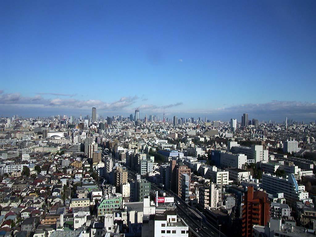 東京タワーを南西方向から望む